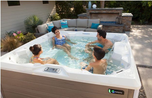 How-to-Keep-your-Hot-Tub-in-the-Best-Condition