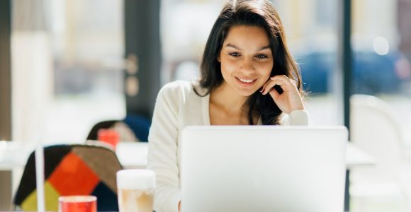 10 Tips for Connecting With Customers Online