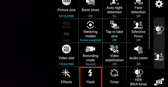 Turn On Flashlight Instantly on your phone