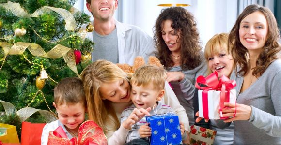 Christmas Gift Ideas for Teens Which Bring Smile