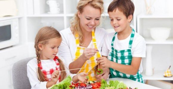 35 Best Online Cooking Games for Girls