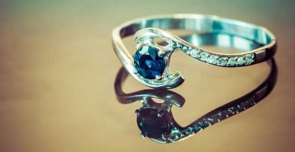 Best Diamond Alternatives for Engagement Rings
