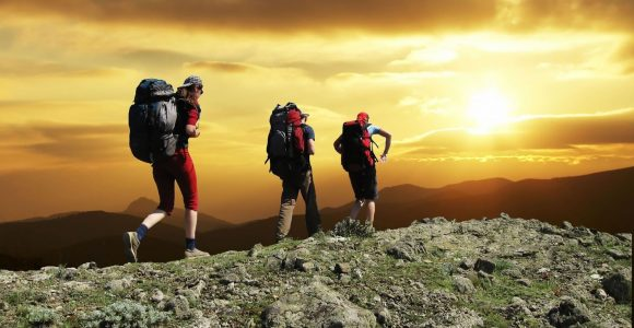 5 Ways To Have an Awesome Hiking Trip – Get Set Happy