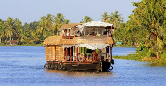 5 Spectacular River Cruises in India – Get Set Happy