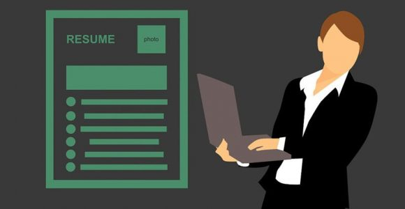 How Can You Start Writing Your Resume (Before You Even Graduate)?