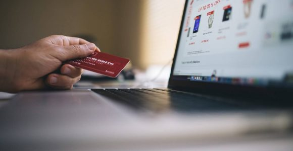 Why Mobile Commerce is the Future of Retail Sales? | Complete Connection