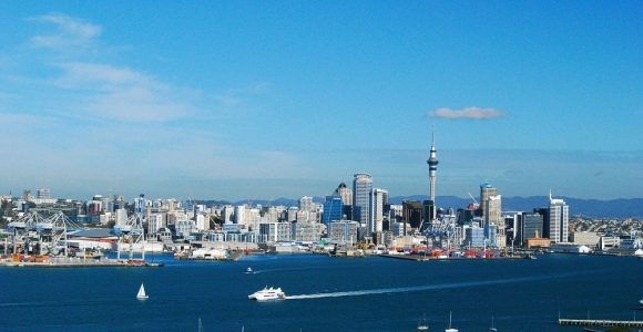 8 Things To Visit & Experience In New Zealand Before Turning 30 !