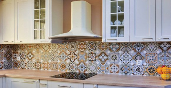 Creating your perfect kitchen mosaic backsplash – Best Kitchen backsplash ideas and inspiration.
