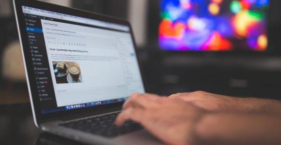 5 Easy Money Hustles for Bloggers