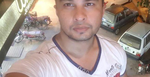 Shiraz Kahn