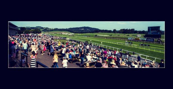 Some of the most beautiful horse racing tracks in the world!