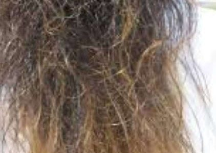 How to deal with frizzy hairs