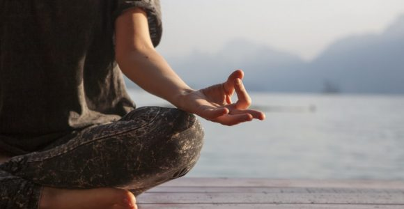 7 Easy Ways to Practice Mindfulness Everyday | GetSetHappy