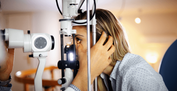 Eye Problems That Need Immediate Eye Test | GetSetHappy