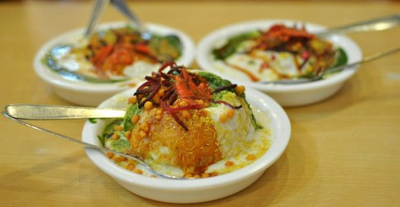 Try these Lip-Smashing Street Foods in Delhi | GetSetHappy