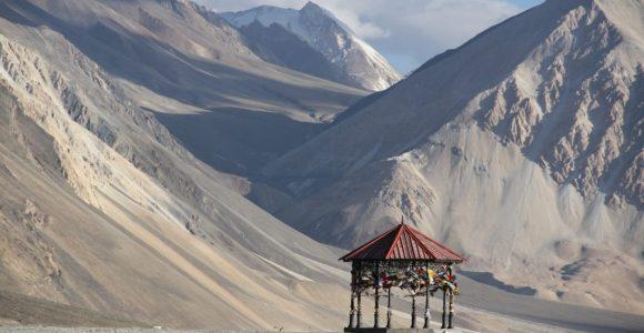 Serenity is found here – Pangong Tso – Ladakh | GetSetHappy