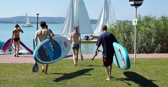 How to travel with a paddleboard like a pro? | GetSetHappy