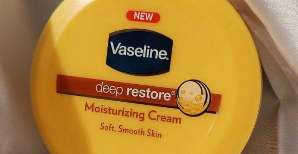 Vaseline Deep Restore Moisturizing Cream Review